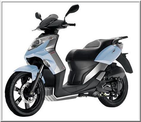 scooter pedana piatta x 195 178 125 e 150 cc gli scooter a ruote alte garelli