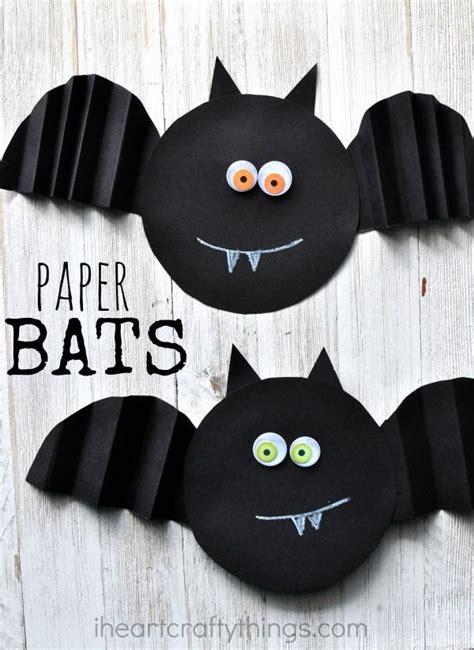halloween themes for preschool simple accordion fold paper bat craft preschool simple