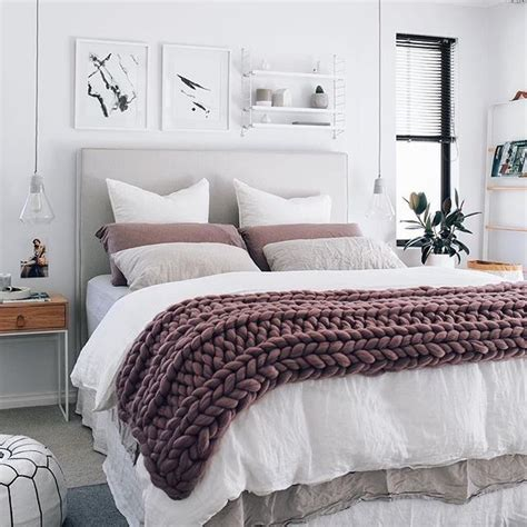 mauve bedroom 25 best ideas about mauve bedroom on pinterest mauve bedding mauve and chunky knit