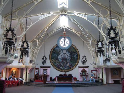 catholic churches in area