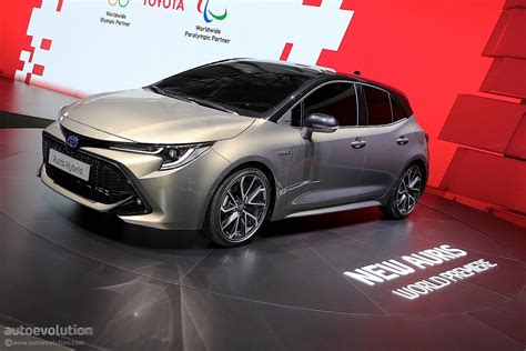 toyota compact 2019 toyota auris shows up in style in geneva to stir the
