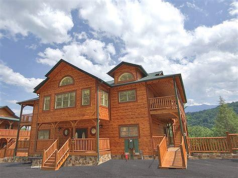 6 bedroom cabins in gatlinburg tn gatlinburg cabin gatlinburg mansion 9 bedroom sleeps