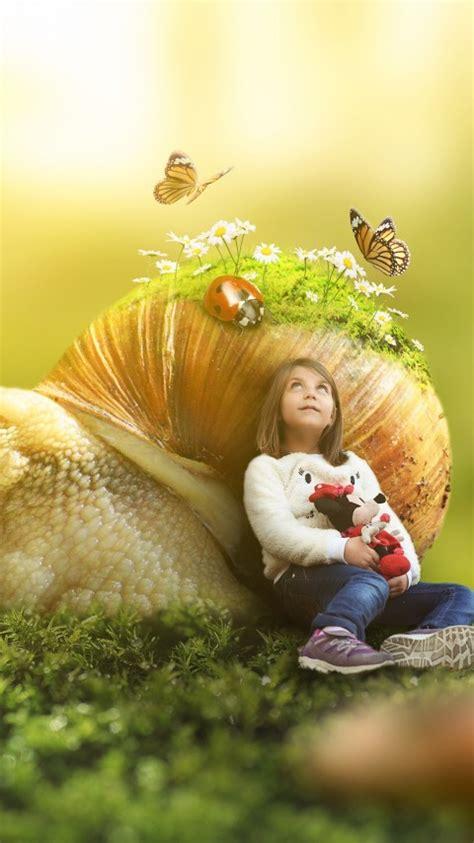 wallpaper girl snail sun light butterflies landscape