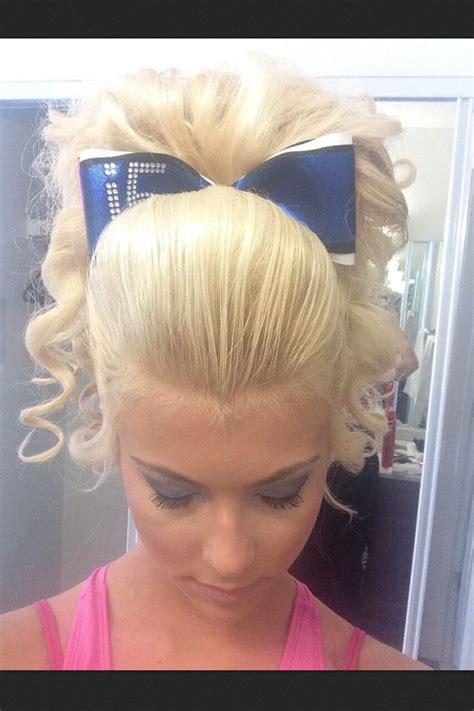 pictures of cheer hair styles cheerleader cheerleading hair hairstyle poof curls teased