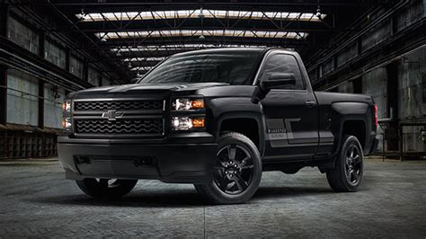 reviewing silverado midnight edition neat chevrolet news