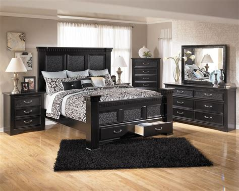 cavallino king bedroom set cavallino king mansion poster bed with storage footboard