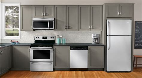 best appliances for kitchen the heart of the home scoopotp