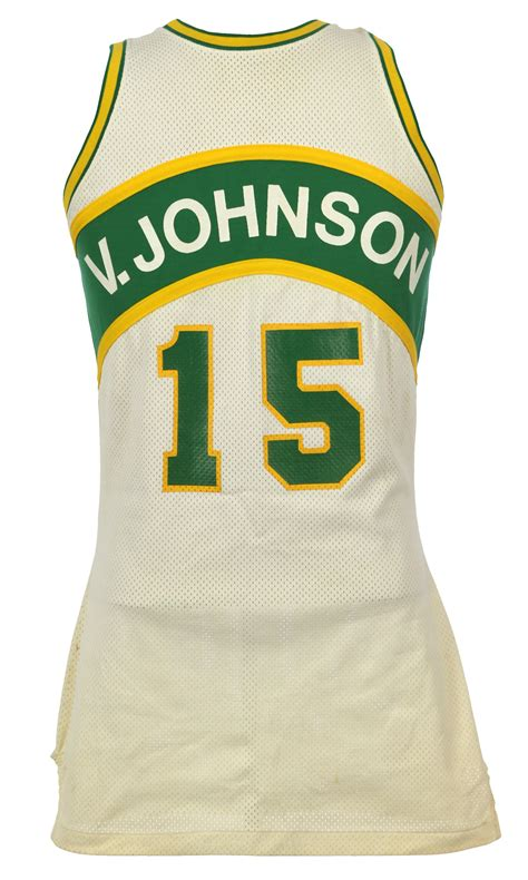 lot detail 1979 82 vinnie johnson seattle supersonics