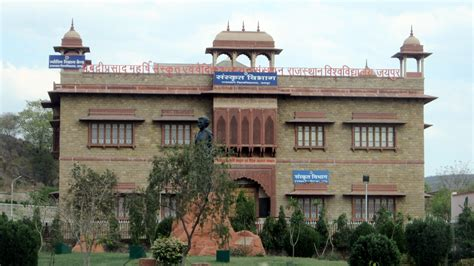 Central Of Rajasthan Mba Admission by Rajasthan