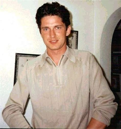 actor that looks like gerard butler a young gerard butler that looks like karen darling space
