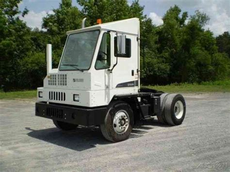 truck ottawa ottawa yt30 2012 daycab semi trucks