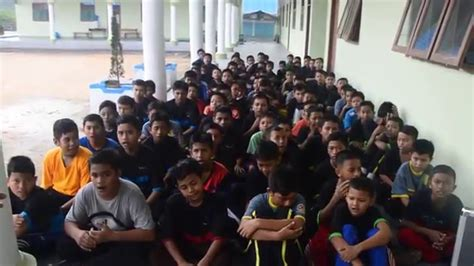 Anomali Rindu Dimas R Perdana nasyid gontor rindu pulang nida santri perdana pondok modern darussalam gontor 14