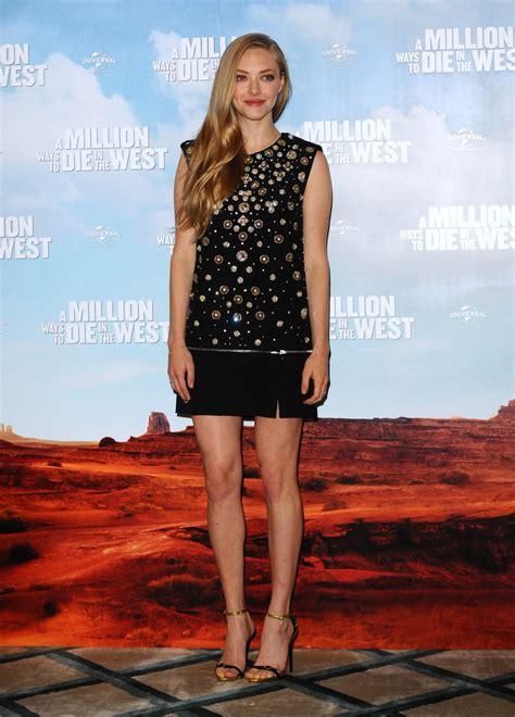 Amanda Dres amanda seyfried beaded dress dresses skirts lookbook stylebistro