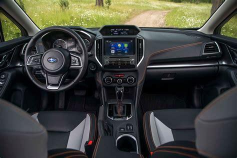 subaru impreza 2018 interior 2018 subaru crosstrek interior view motor trend