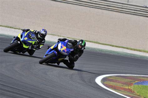 Motorradrennen Geschwindigkeit kostenlose foto sport fahrzeug geschwindigkeit rennen
