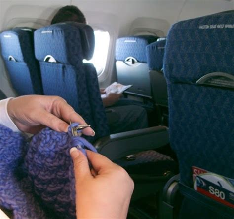 can i take knitting needles on the plane things wants to do knitting on a plane