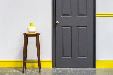 paint colour    skirting boards