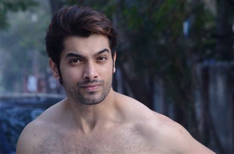 sharad malhotra full pic download sharad malhotra rare and unseen images pictures photos