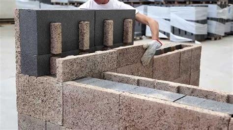 Costruire Muro Blocchi Cemento by Posa Blocchi Cassero In Legno Cemento Isotex
