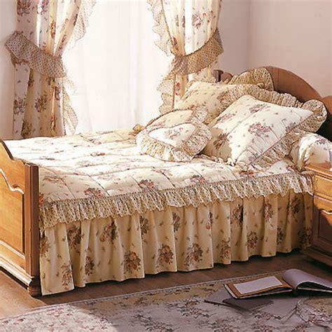 couvre lit 1 personne 2 volants magnolia frais de