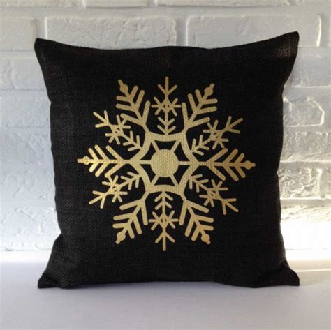 pillow designs another collection of 17 christmas pillow designs