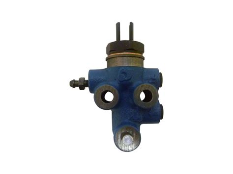 Valve Toyota brake proportioning valve suitable for hilux 2005 on