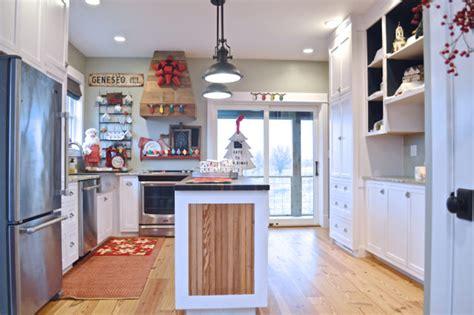 Festive Kitchen by Festive Kitchen Decor For The Holidays Newlywoodwards