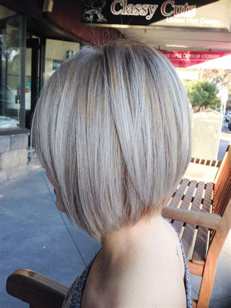 short hair ash blond whats best hilites or liwlites the 25 best graduated hair ideas on pinterest college
