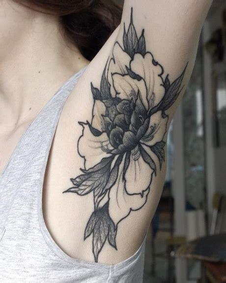 animal tattoo underarm armpit tattoo trend why armpit tattoos are the