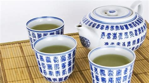tea before bed amazing benefits of drinking green tea before bed