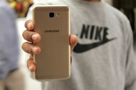 Aaron Type Samsung J5 Pime samsung galaxy j5 prime review a complete package in rs 22 900