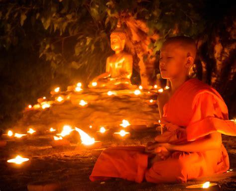 Meditating Monks at Wat Pan Tao, Chiang Mai