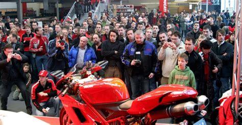 Motorradmesse Design Center Linz by Zahlreiche Premieren Zogen Motorradfans Zur Biker S World