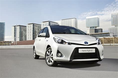 toyota company cars yaris hybrid the low cost company car toyota