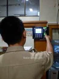 Mesin Absen Wajah Dan Jari Solution X606 Di Medan harga mesin absensi fingerprint retina it trading solution