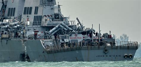 U S Navy u s navy investigating if destroyer crash was caused by
