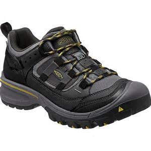keen shoes keen logan hiking shoe s backcountry