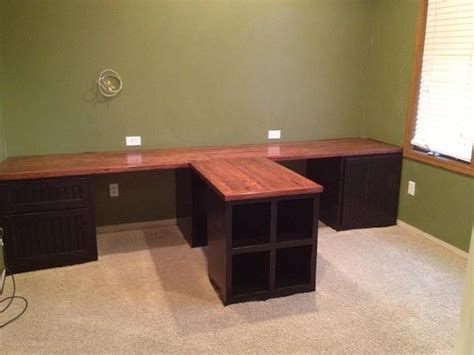 Diy Office With T Shaped Countertop And Built In Cabinets T Shape Desk