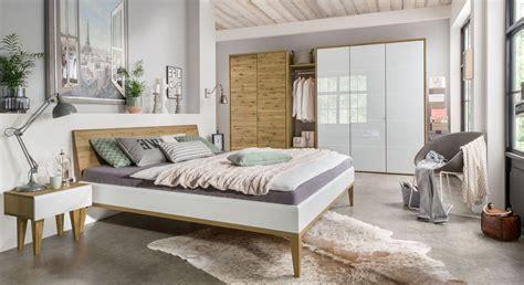 elegante nachttische elegante schlafzimmerm 246 bel aus hochwertiger wildeiche