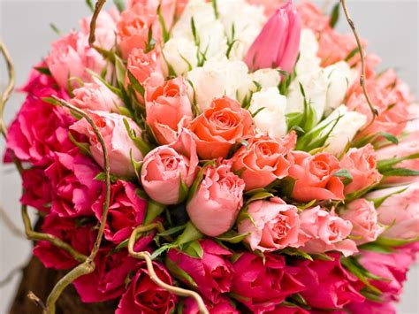 Bouquet Of Roses by A Bouquet Of Roses Jigsaw Puzzle In Flowers Puzzles On