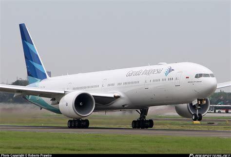 gambar pesawat garuda indonesia airlines images