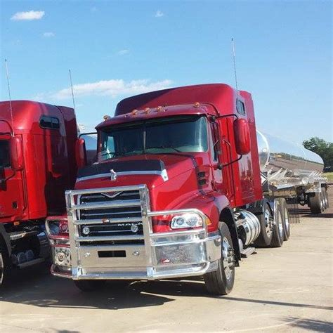 boat repair sioux falls sd quot howie long s trucks and trailers quot automotive service