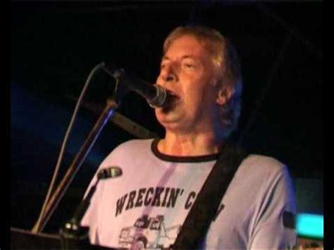 barry upton barry upton sings sunshine guitar youtube