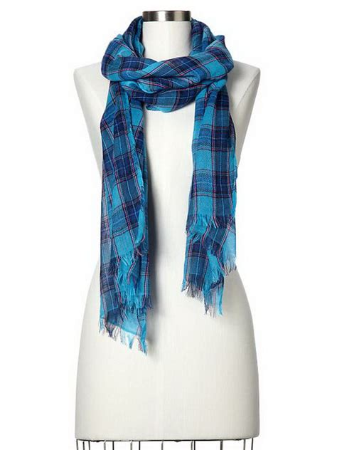 gap winter 2013 scarves for stylish
