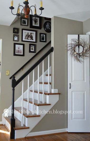 foyer paint colors benjamin 70 best images about stair way on stair risers