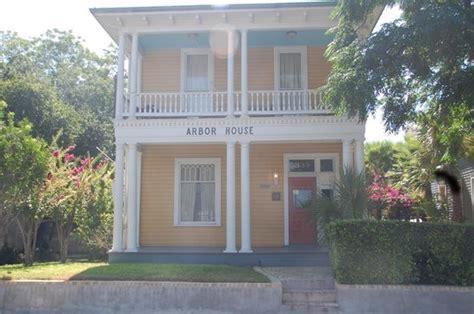 Bed And Breakfast San Antonio Tx by Arbor House Suites Bed And Breakfast San Antonio