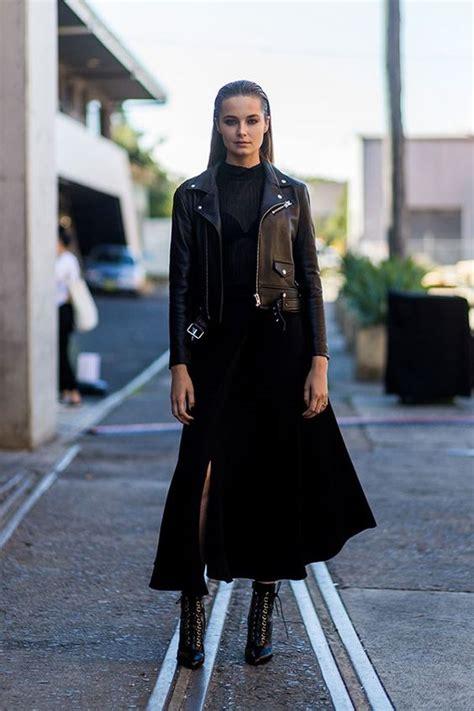 como decorar un traje de baño negro 25 ideas para combinar bien cualquier vestido negro