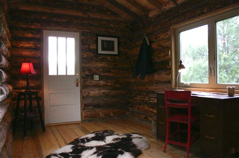 small log home interiors small cabin interior pictures billingsblessingbags org