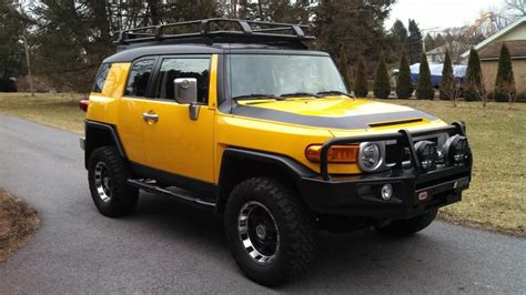 toyota jeep black 2007 fj crusier 2007 yellow fj cruiser crawler edition