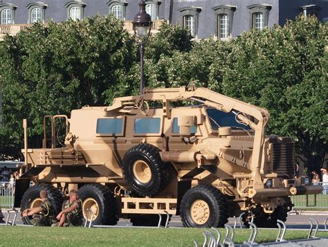 buffalo mine protected vehicle wikipedia fichier buffalo mrap mine resistant ambush protected